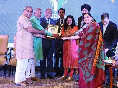 Leadership & Top University in Gujarat State Award - 2017